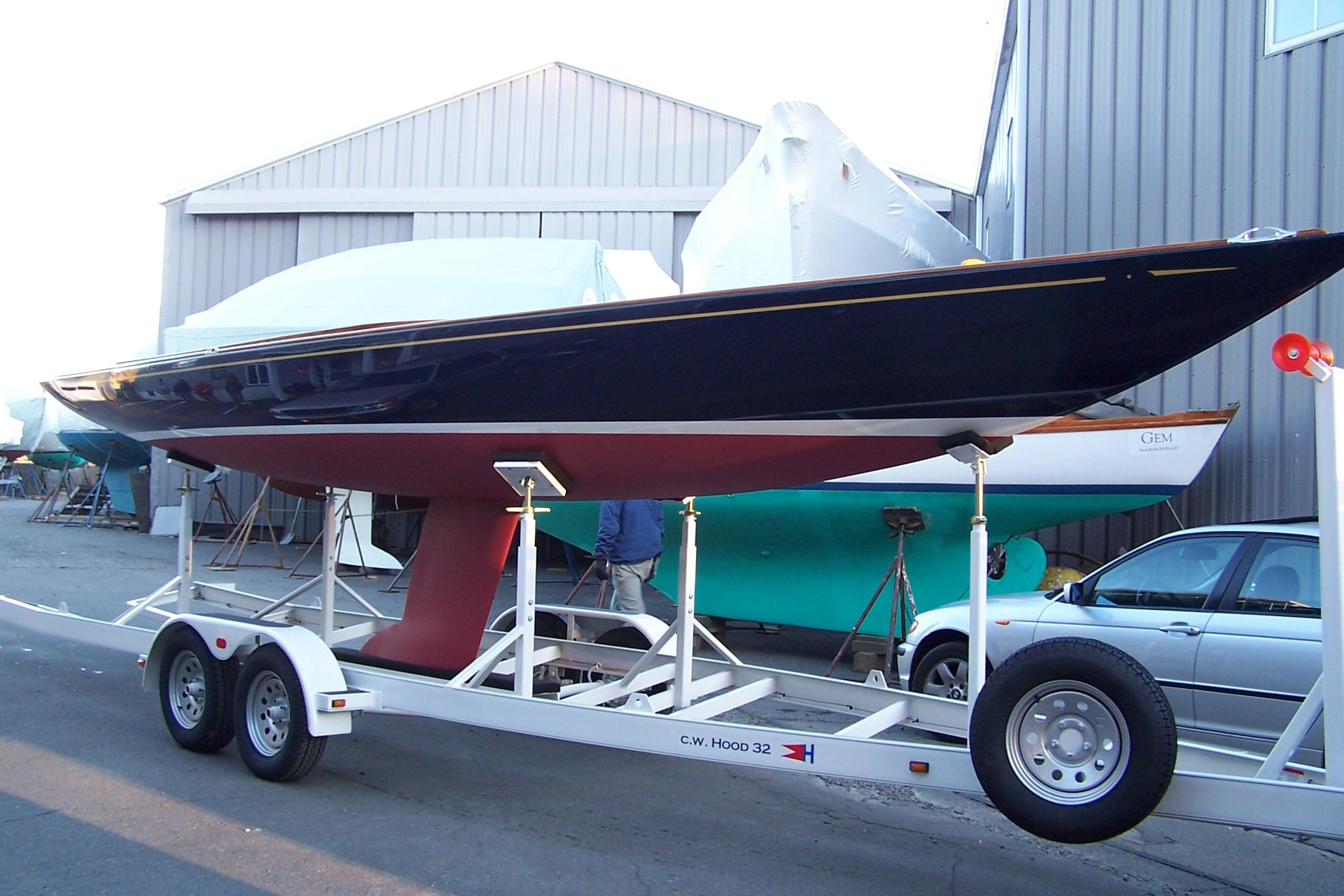 Хороший прицеп для катера или лодки